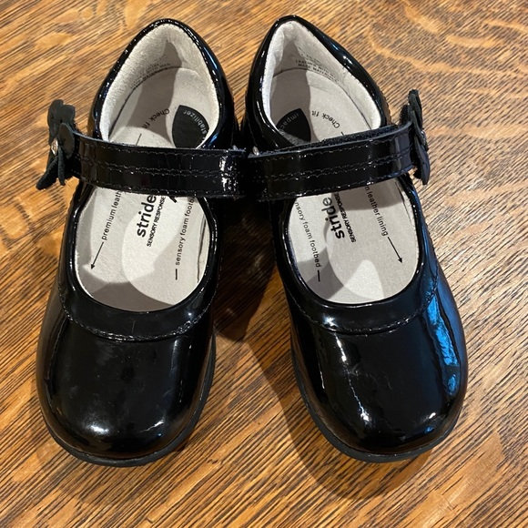 Trista Patent Leather Mary Janes 85
